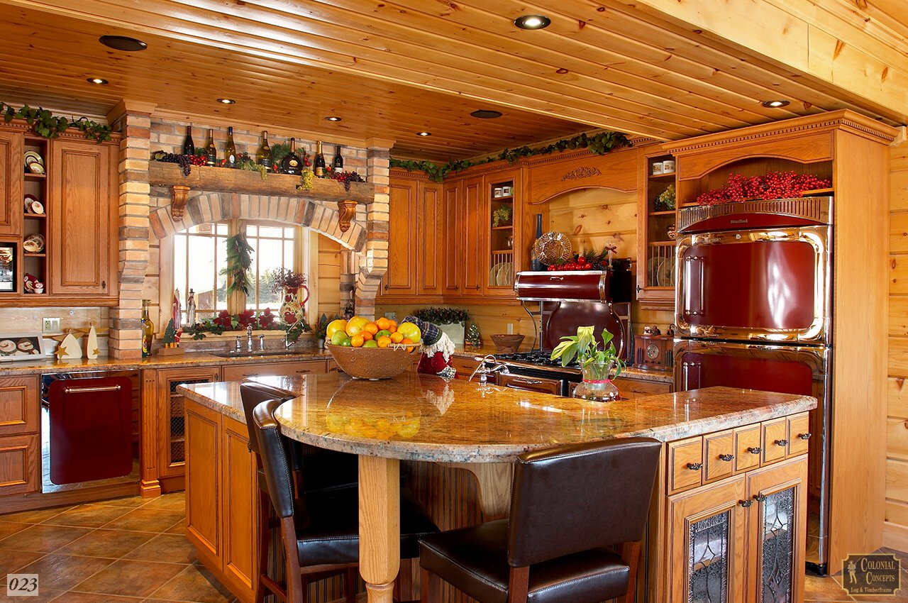 Log home rustic kitchen, Southern Ontario